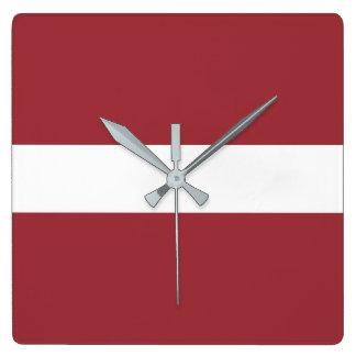 ラトビアの旗 スクエア壁時計