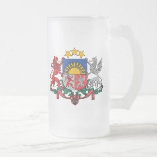 ラトビアの紋章 フロストグラスビールジョッキ