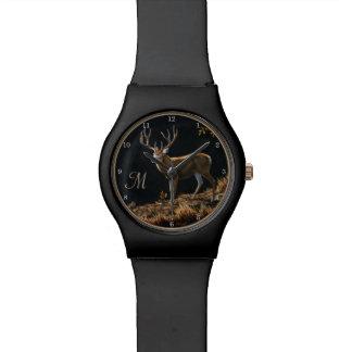 ラバシカの木びき台の秋のトロフィの(雄ジカの)枝角のモノグラム 腕時計
