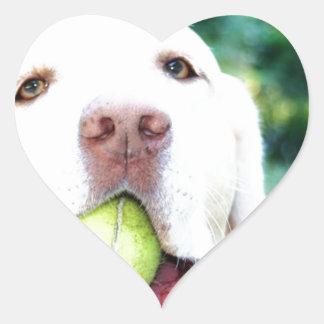 ラブラドル・レトリーバー犬犬のテニス・ボール ハートシール