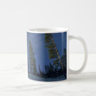 ラプランドの空のマグ コーヒーマグカップ