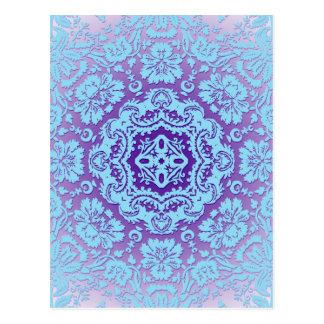 ラベンダーおよび青く華美なパターン ポストカード
