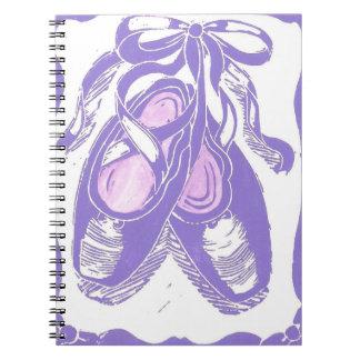 ラベンダーのバレエシューズのノート ノートブック