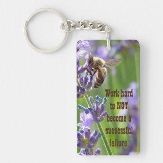 ラベンダーの植物の蜂 キーホルダー
