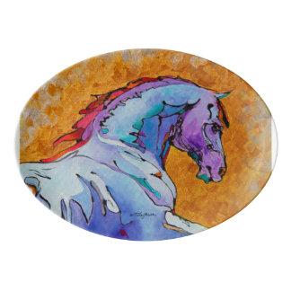 ラベンダーの種馬のサービングの大皿 磁器大皿