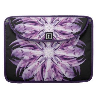 ラベンダーの花の曼荼羅 MacBook PROスリーブ