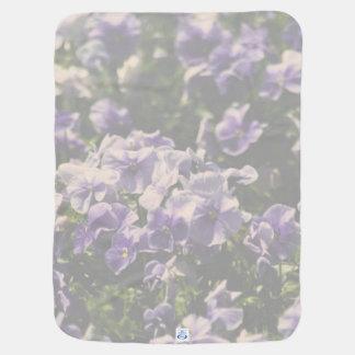 ラベンダーの花柄のベビーブランケット ベビー ブランケット