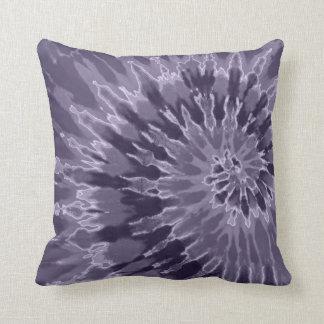 ラベンダーの螺線形の絞り染めの枕 クッション