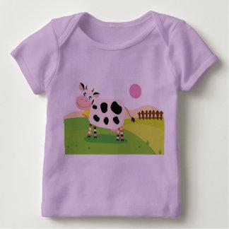 ラベンダーは牛が付いているTシャツをからかいます ベビーTシャツ