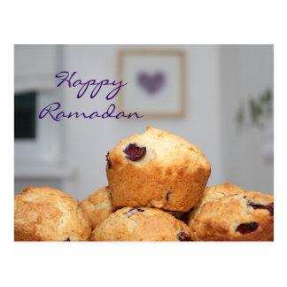 ラマダーンのイスラム教の幸せなkareemの甘いマフィンのカップケーキ ポストカード