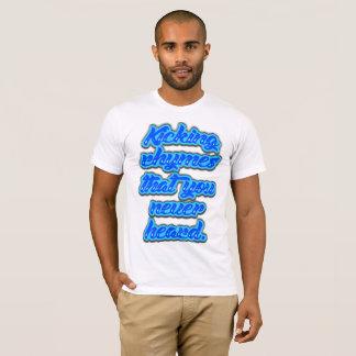 ラミレスを蹴ること Tシャツ