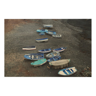 ランサロテ島の黒い砂のビーチのボート ウッドウォールアート