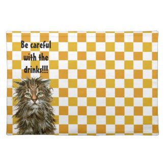 ランチョンマットは飲み物と注意します! ぬれた猫 ランチョンマット