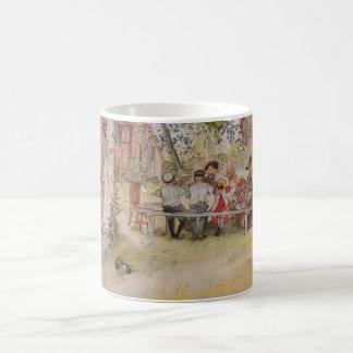 ラーション: 大きい樺の木の下の朝食 コーヒーマグカップ