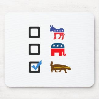 ラーテルのための投票 マウスパッド