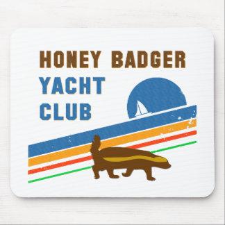 ラーテルのヨットクラブ マウスパッド