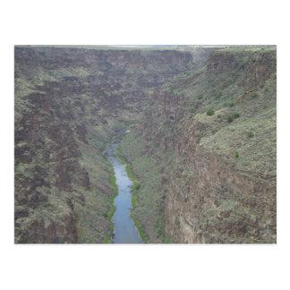 リオ・グランデ川の峡谷の郵便はがき ポストカード