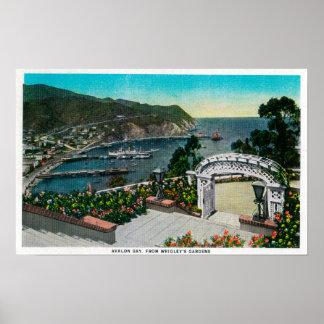 リグリーの庭からのAvalon湾 ポスター