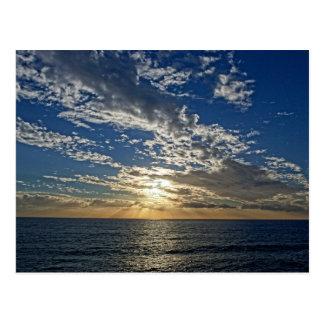 リグーリア州- Cinque Terreの郵便はがきの日没 ポストカード