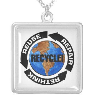 リサイクルの世界 カスタムネックレス