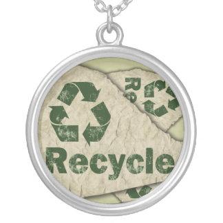 リサイクルの環境にやさしい環境のペンダント、ジュエリー シルバープレートネックレス