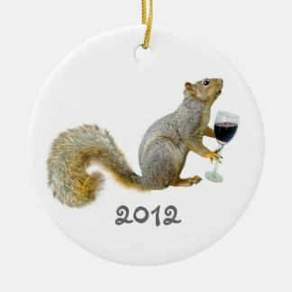 リスのワイン2012のオーナメント セラミックオーナメント