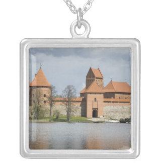 リスアニア、Trakai。 島の城2 シルバープレートネックレス