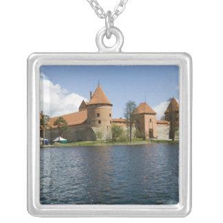 リスアニア、Trakai。 島の城3 シルバープレートネックレス