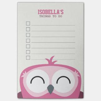 リストをするかわいいピーカーブ式幸せなピンクのフクロウ ポストイット