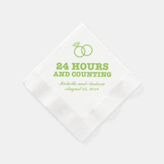 リハーサルの夕食| 24時間およびカウント 縁ありカクテルナプキン