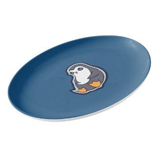 リラックスさせるなペンギンの甘く大きい目インクスケッチのデザイン 磁器大皿