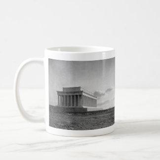 リンカーン記念館(1920年)の建築 コーヒーマグカップ