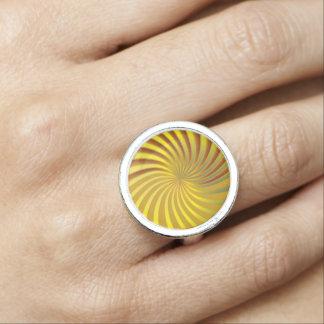 リングの金ゴールドの螺線形渦 指輪