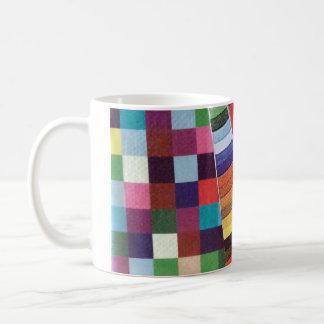 リングや輪、円および点検の小型コラージュ コーヒーマグカップ