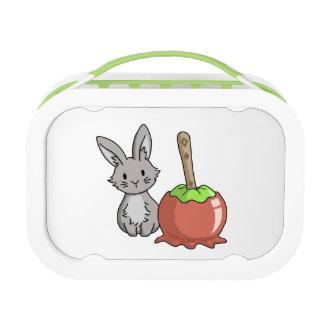 リンゴ飴が付いているバニー ランチボックス