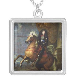 ルイ14世c.1668の乗馬のポートレート シルバープレートネックレス