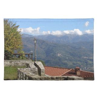 ルッカタスカニーイタリアの近くのトスカナ式の景色 ランチョンマット