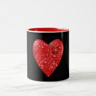 ルビーのハートのバレンタインデーのマグ ツートーンマグカップ