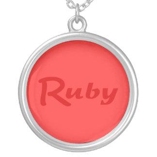 ルビー色のネックレス シルバープレートネックレス