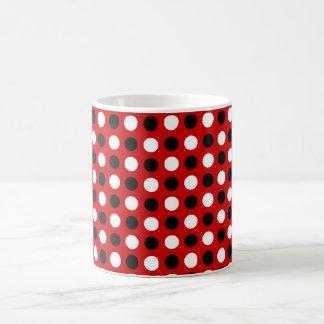ルビー色の赤い水玉模様 コーヒーマグカップ