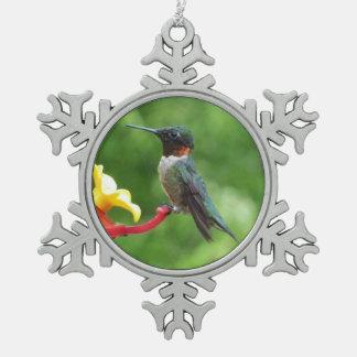 ルビーThroatedハチドリの鳥の写真撮影 スノーフレークピューターオーナメント