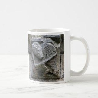 ルートのマグを遊んでいるガーゴイル コーヒーマグカップ