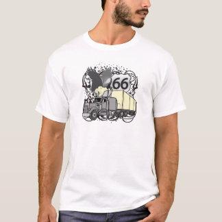 ルート66のトラック運転手 Tシャツ