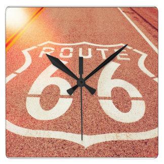 ルート66の写真は-オレンジ色の輝きを編集します スクエア壁時計