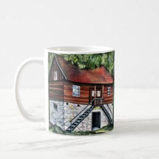 ルーマニア- Transylvanianの伝統的な家 コーヒーマグカップ