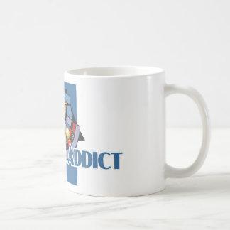 ルーレットの常習者の白いマグ コーヒーマグカップ