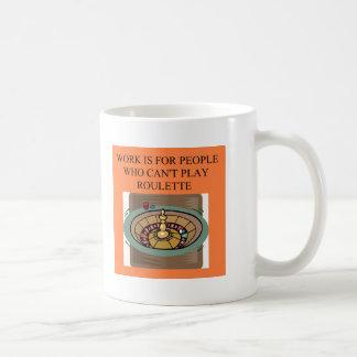 ルーレットプレーヤーのカジノの相場師 コーヒーマグカップ
