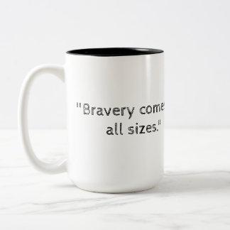 レオおよび中見つけられる細い棒の勇気 ツートーンマグカップ