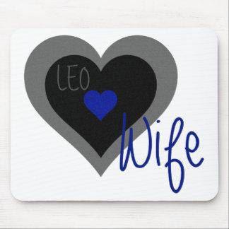 レオの妻のハート マウスパッド