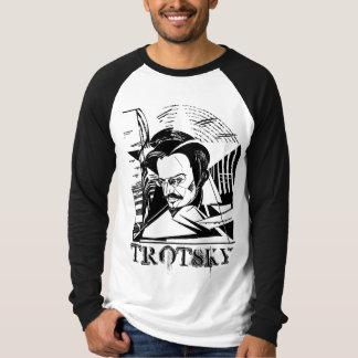 レオンTrotskyの立体派の芸術 Tシャツ